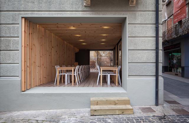9-Terraza-del-restaurante-La-Brasera_20151125070546