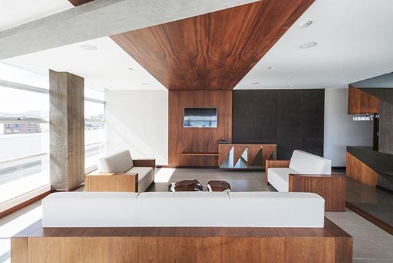 Diseño de 4Studio y fabricado por Decosa