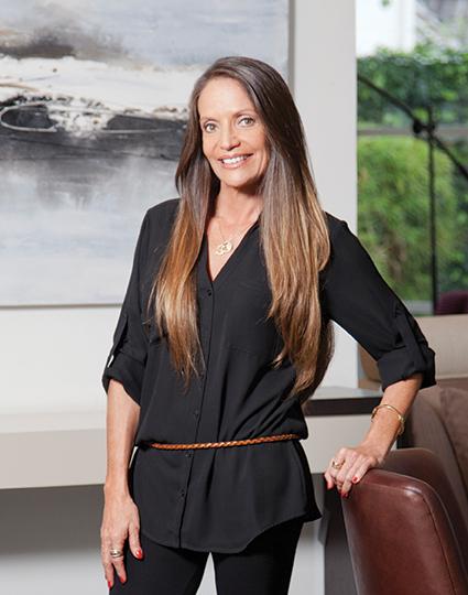 Caridad Vela, Directora de Clave Turismo