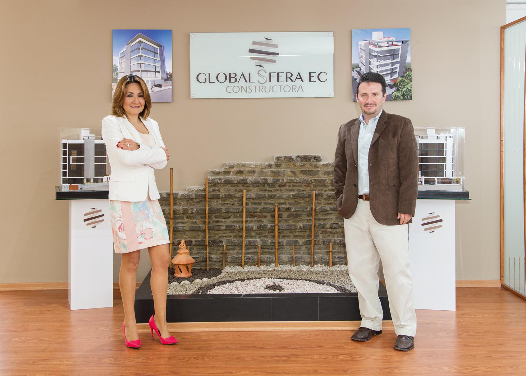 Daniela Matheus, Gerente General; y Raúl Gavela, Gerente de Proyectos
