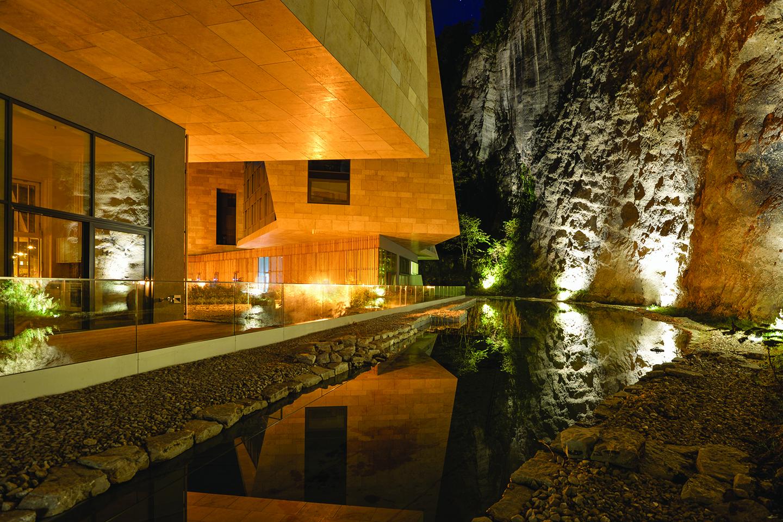 Revista Clave - Jewels of Salzburg, Hariri & Hariri Arquitecture