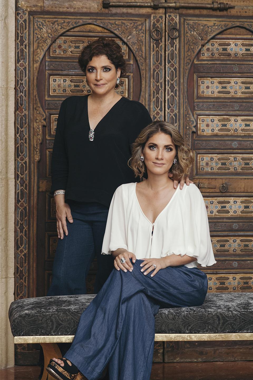 Revista Clave - Paola Cesa y Paula Vargas Cesa