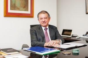 Mario Burbano de Lara - Revista Clave!
