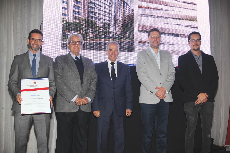 Premio Ornato - Revista Clave!