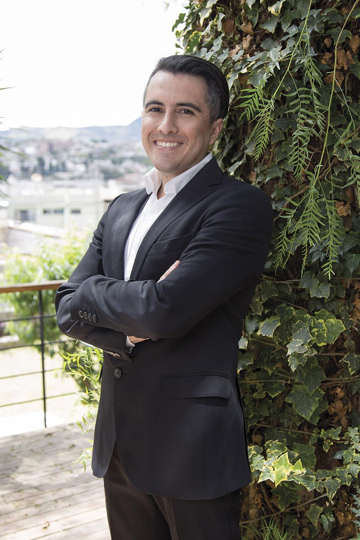 Andrés Moreira - Casa Verde Loja - Revista Clave!
