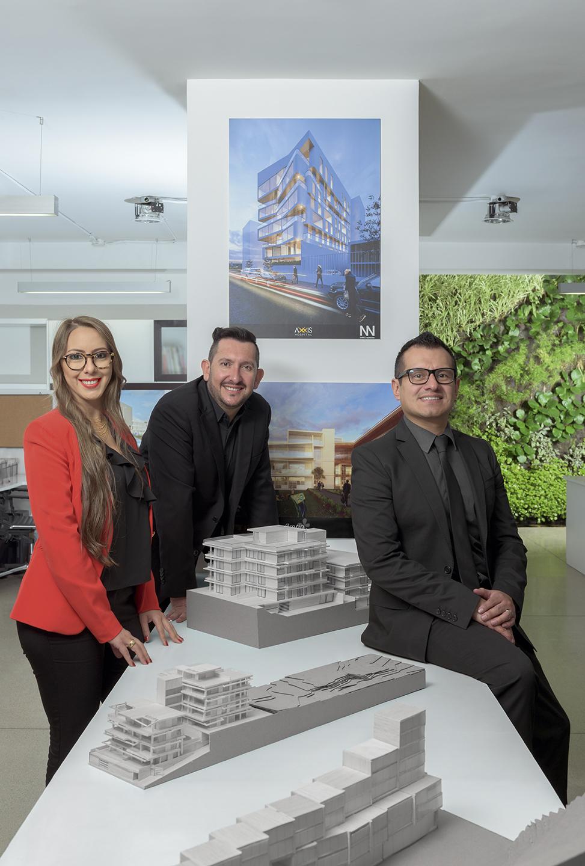 Pilar Villegas, Antonio Naranjo y Cristian Erazo - ENNE Arquitectos - Revista CLAVE!