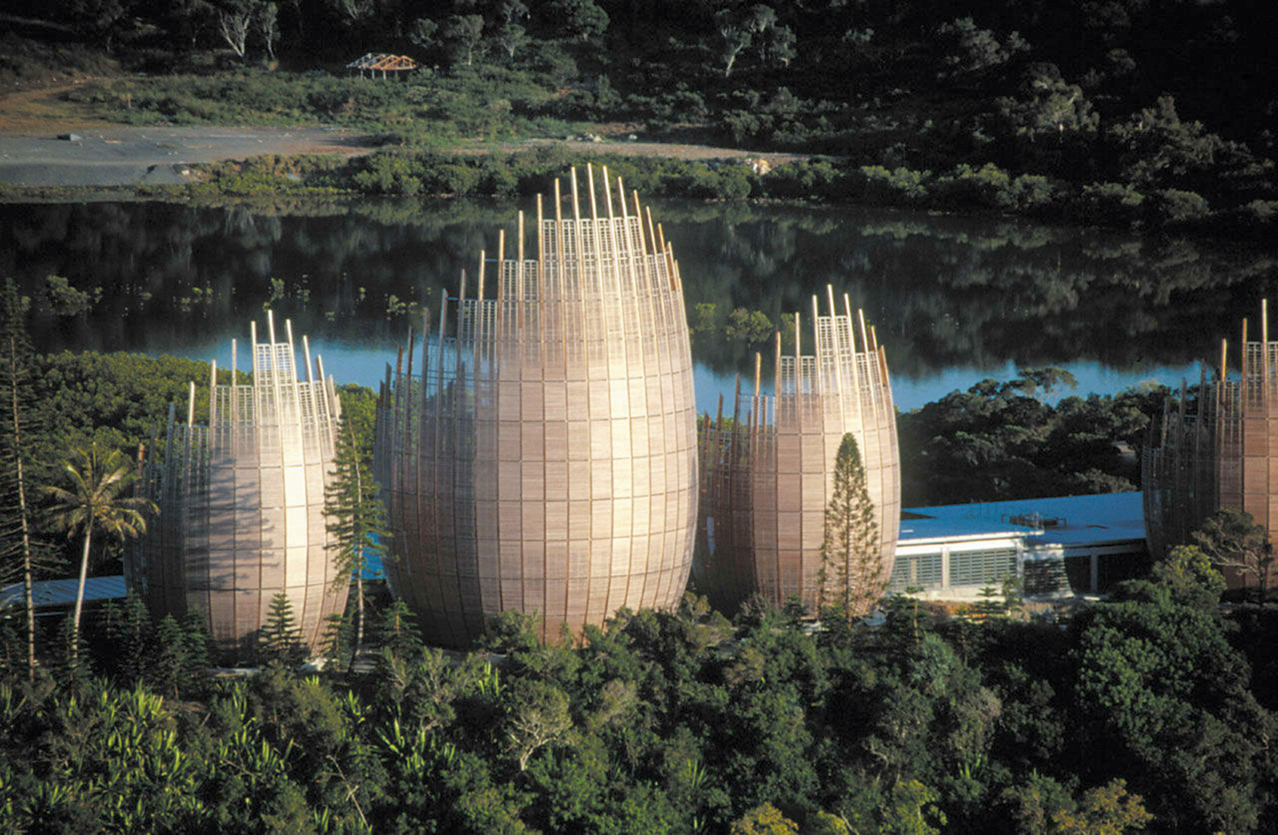 Renzo Piano - Revista CLAVE!