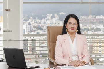 Eva García- Revista CLAVE!