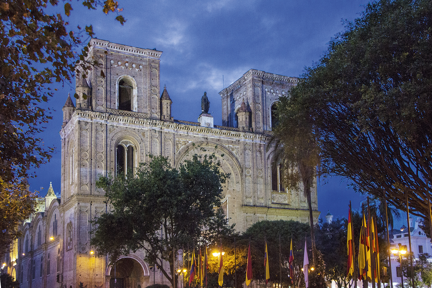 Cuenca destino ideal - Revista CLAVE Turismo Ecuador