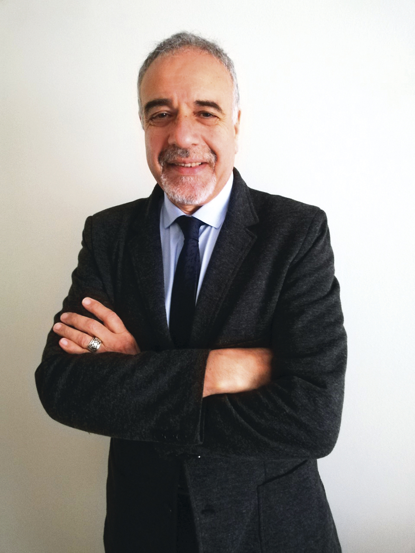 Dionisio Melo - Revista CLAVE!