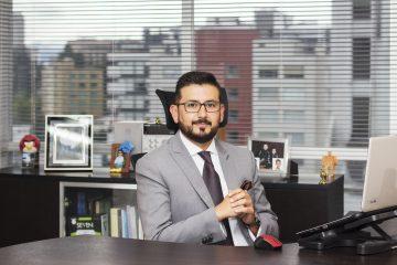 Manolo Suárez - Revista CLAVE!