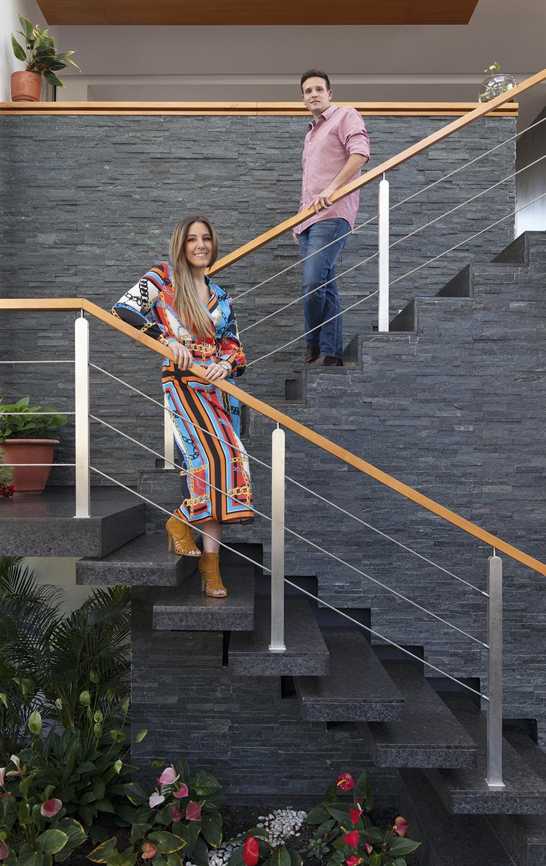 Santiago Larrea y Valentina Abedrabo - Revista CLAVE!