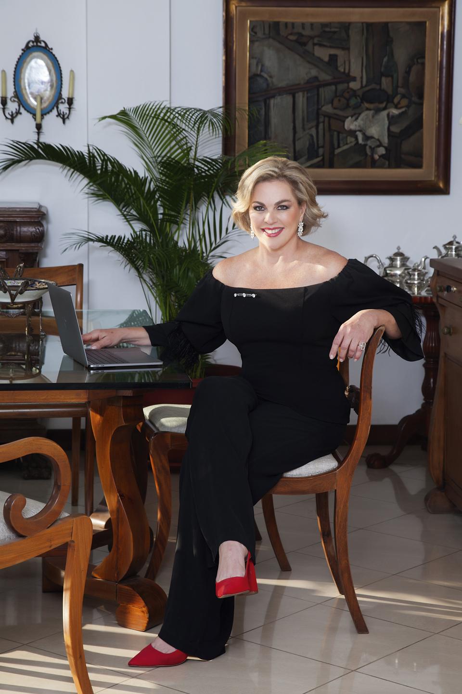 Isabel Wagner - Revista CLAVE!