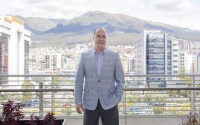 Vinicio Troncoso BIESS Ecuador - Revista CLAVE!