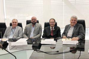Ministros de Economía y Vivienda apoyan al sector construcción - Revista CLAVE!