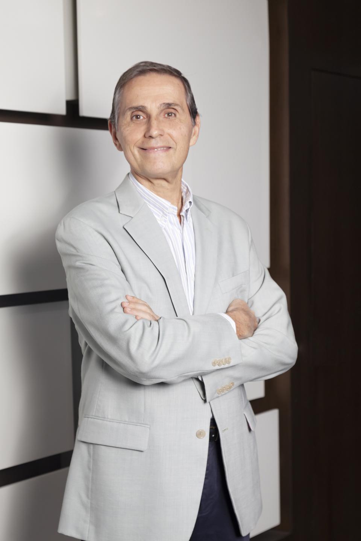 Sergio R Torassa - Centros Comerciales - Revista CLAVE!