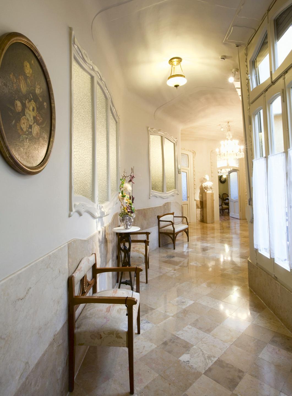 Casa Milà - Revista CLAVE 95!